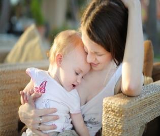 Кое причинява умората при младите майки?